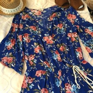 UMGEE floral romper size small